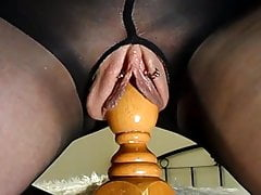 mature with big labia cums